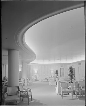 Saks 5th Avenue, Los Angeles- 1940